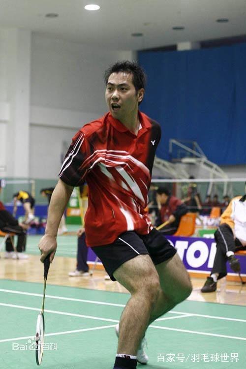 从学乒乓球到羽毛球世界冠军,退役后回省队任教练,依然想念赛场