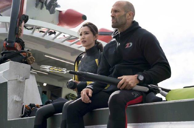 《巨齒鯊》續集明年開拍 傑森·斯坦森確認回歸
