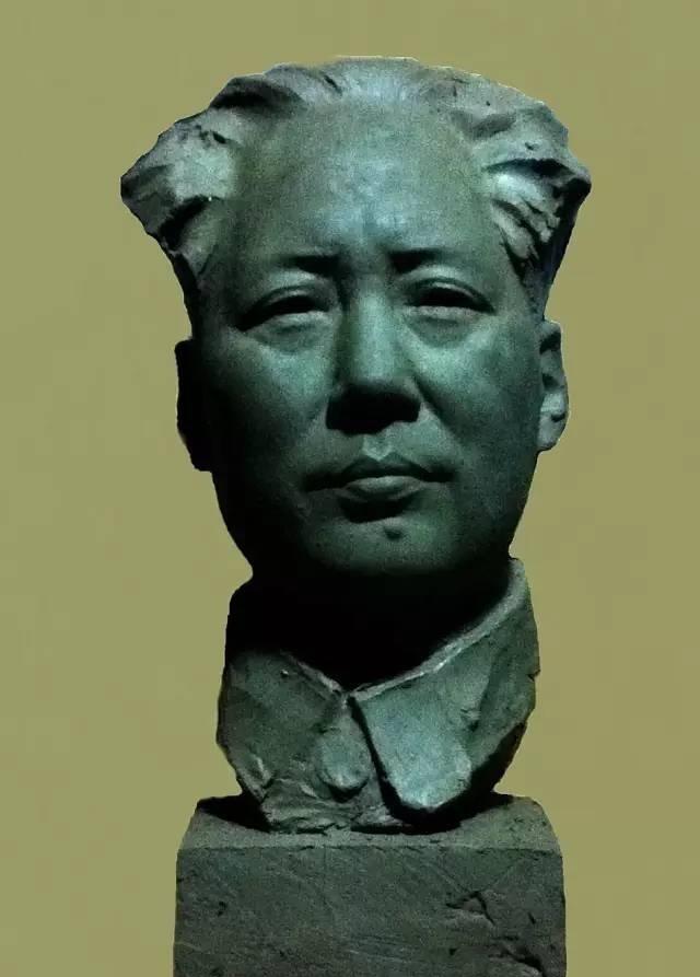毛泽东中年铸铜人物肖像雕塑