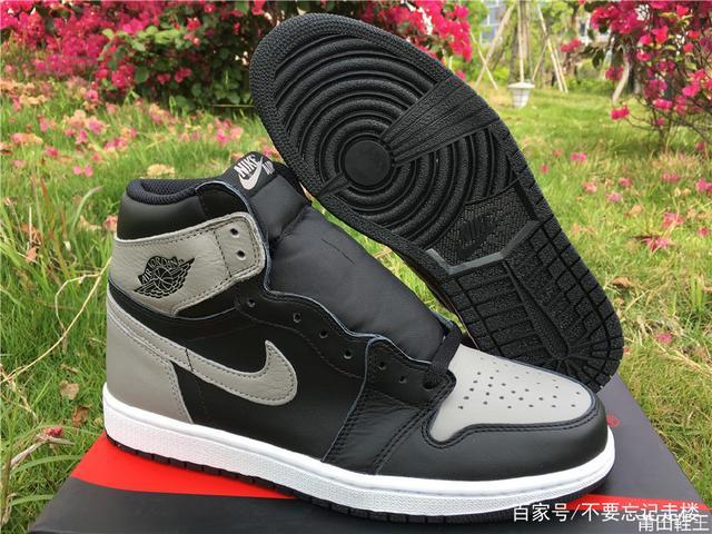 """Air Jordan 1 """"Shadow""""全家版,炸裂款"""