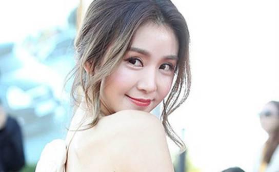 韩国综艺女神,出道6年零收入,如今组合解散成