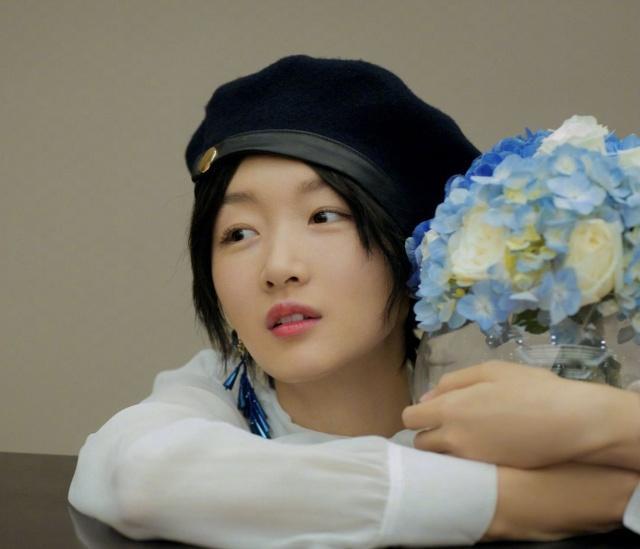 小八卦,贾乃亮想签王源?李易峰看上了韩国妹子