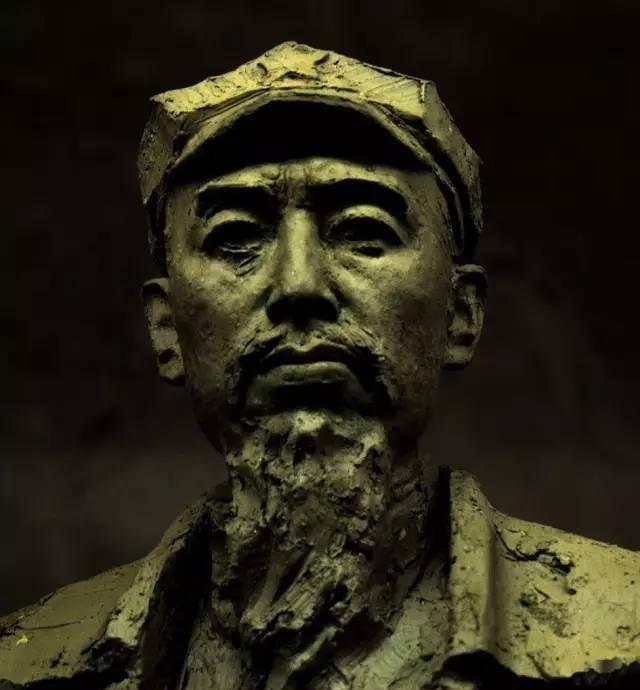 周总理铸铜人物肖像雕塑