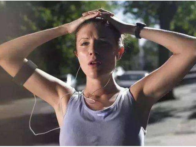 跑步减肥40斤的成功案例告诉你,4项跑步技巧让-轻博客