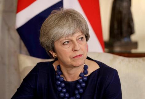 梅姨对议会投票采取拖字诀 增加了无协议脱欧风险