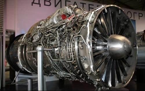 航空发动机是怎么根据推重比来确定是中推还是