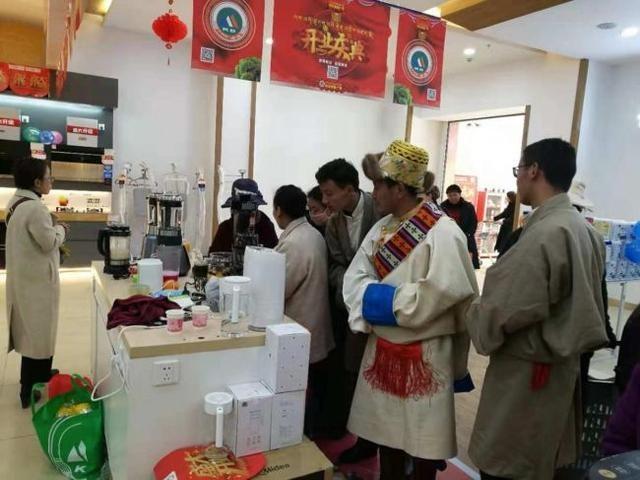 除了人还是人,苏宁晚间门店整体销售同比增长103.6%