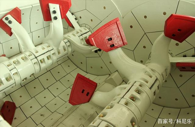 混凝土双卧轴强制式搅拌机特征