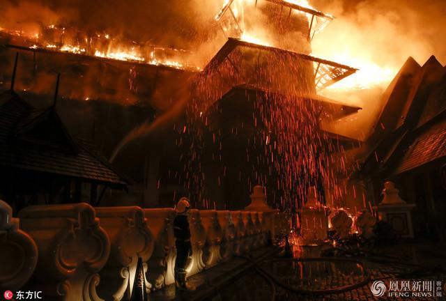 缅甸柚木酒店失火 1名中国人逃生时受伤