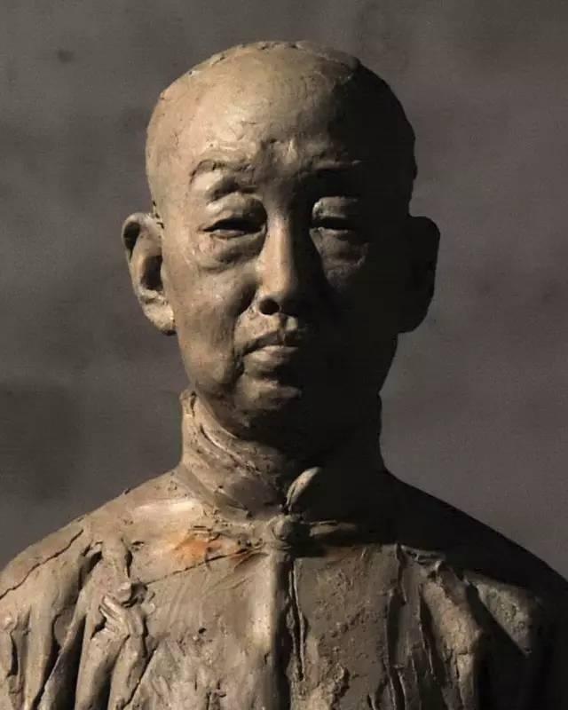 吴昌硕铸铜人物肖像雕塑