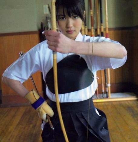 社会:日本的武士道精神,都是从中学开始训练的