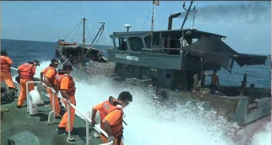 台湾查扣一艘大陆渔船 押返8名船员称将严惩重罚
