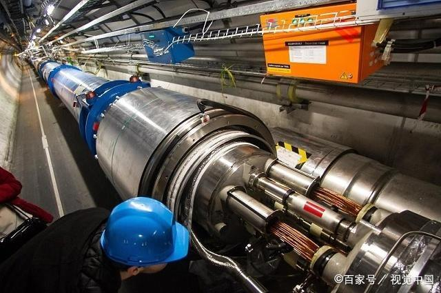 杨振宁为什么反对中国建设大型对撞机呢?