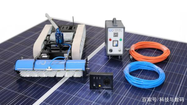 能进行水洗作业才是真正实用的太阳能光伏清洗机器人|公司动态-郑州德瑞智能科技有限公司
