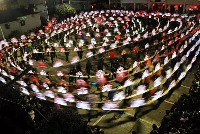 浦江岩头:以春节文体活动推进并村并心工作