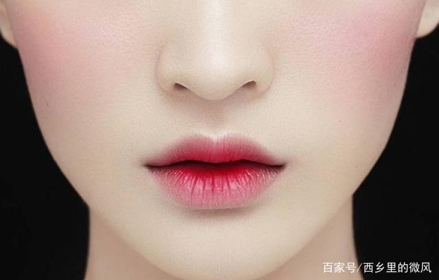 如何化好完美的唇妆,拯救妆容还需正确的唇妆!