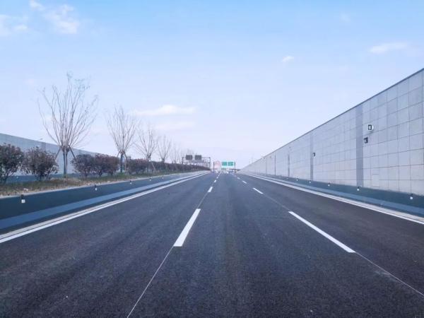 縮短一半時間!下個月,杭州這段快速路將全線通車!