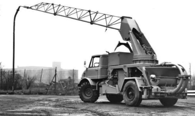 泵车!是如何将混凝土输送到几十层高楼的?多年的疑惑被解开了