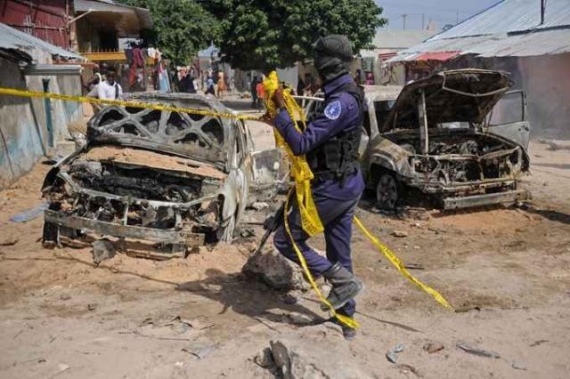 索马里首都爆炸是怎么回事 索马里首都发生两起汽车炸弹袭击