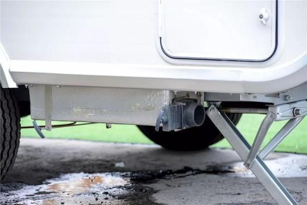 房车污水乱排惹人厌?改装厂该从源头就为用户设计好排污解决方案