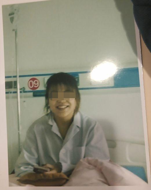"""大二女生做""""隆鼻""""手术身亡年仅19岁!术前曾微笑自拍"""