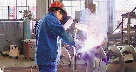 为什么电焊工月入万元了,还是有好多人不想干了