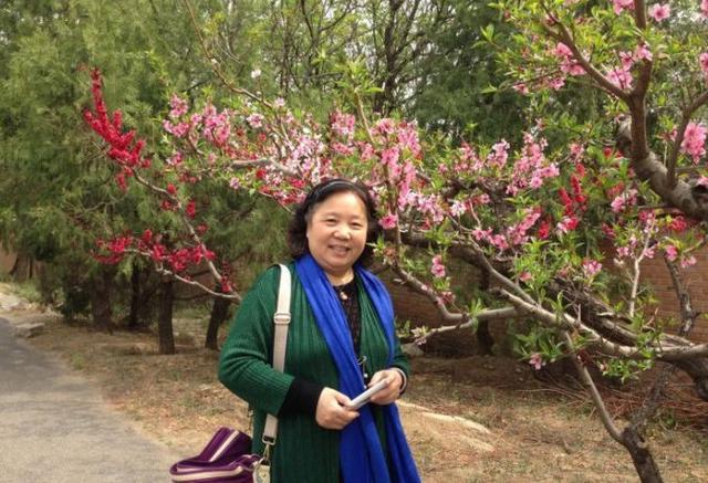 55岁大妈跑步6个月,成功减肥40斤,如今身材美到-轻博客