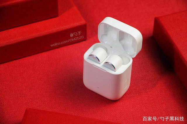 小米藍牙耳機Air與蘋果Airpods你會怎麼選?性價比優劣太明顯!