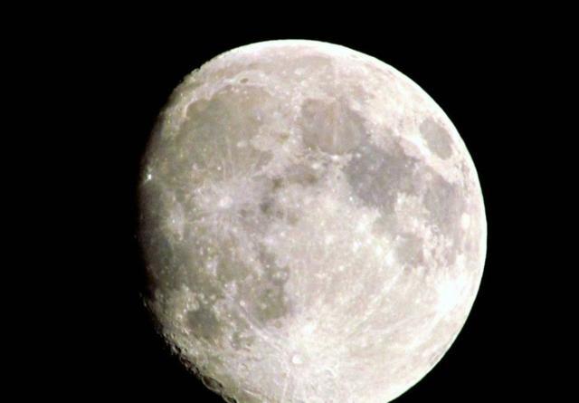 中国何时载人登月