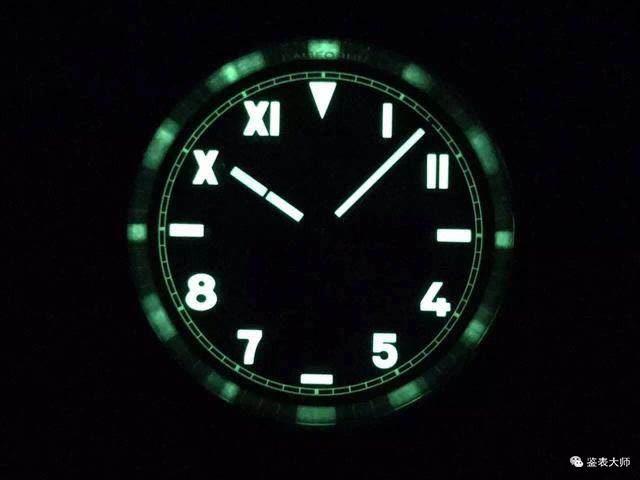 你还在戴夜光手表吗?细数手表夜光辐射对人体