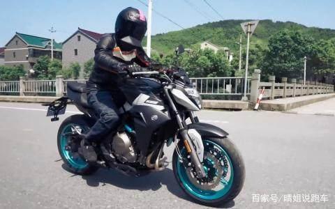 春风650NK如何,这款摩托车值不值得买?
