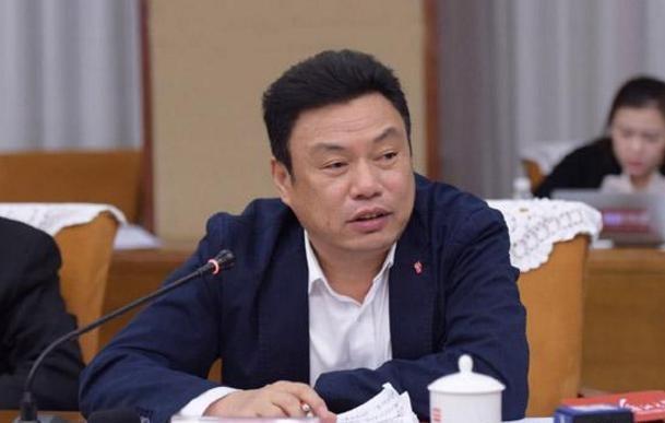 江南控股集团董事长:黄作兴的创业路
