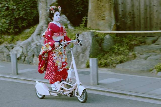 同样是上白粉妆,同样源自唐朝,为啥日本艺伎没有中国旦角好看?