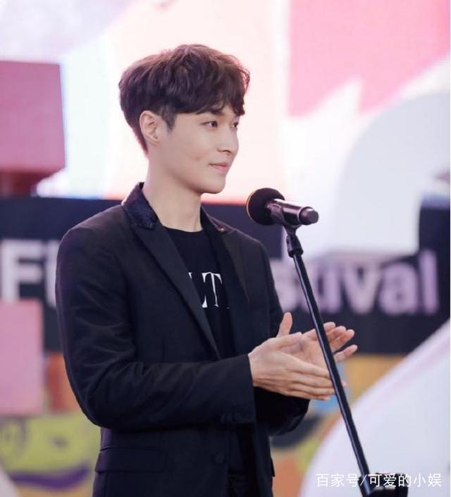 张艺兴随EXO队友回归,那么韩国爱丽是怎样评