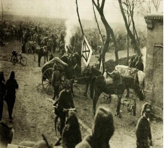 日军进行扫荡,屠杀村民,最后有一人却拼命反抗还救下二十多村民