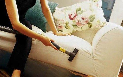 专业清洗布艺沙发_布艺沙发脏了很难洗?教你几个清洁小妙招,轻松去污沙发干净如新