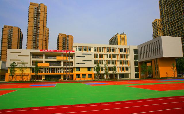 武汉排名前10的中小学都在这里了!挤破脑袋都