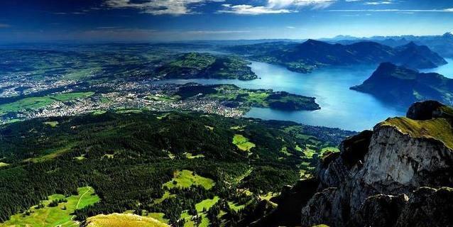 世界上最发达的国家之一瑞士,它现在发达到什