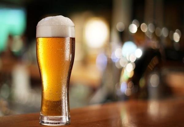 男子年會飲酒死亡:專家教你醉酒后怎么解酒!