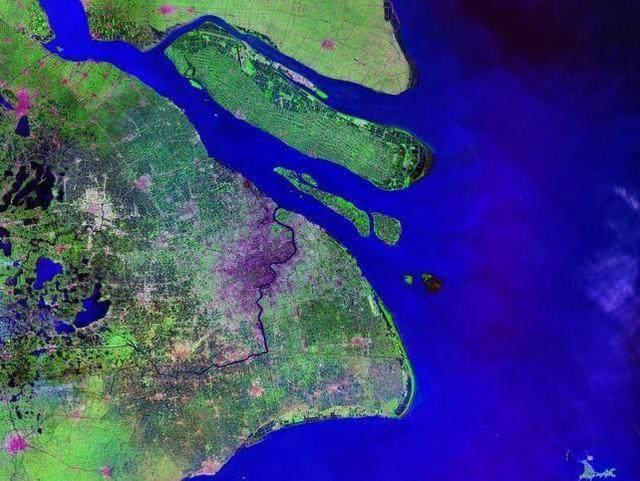 中国最大的沙岛形成特殊,将扩大到内陆,一个岛却分两个管辖区