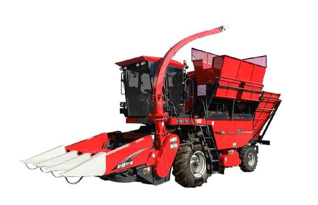 新型玉米收割机,一次搞定玉米果穗与秸秆收获