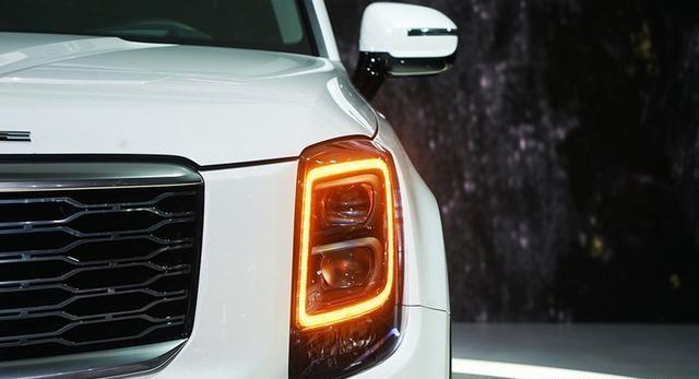 又一8座SUV,3.5L爆发400匹马力,V6配全时四驱,还看汉兰达吗?