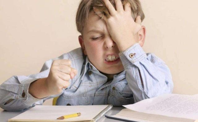 为什么小学生上初中后成绩会变差?怎样才能变