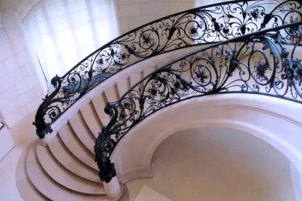 铁艺楼梯扶手的设计及介绍(图1)