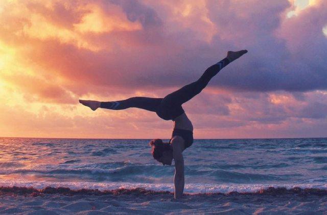 如何将你的瑜伽服穿出高大上?